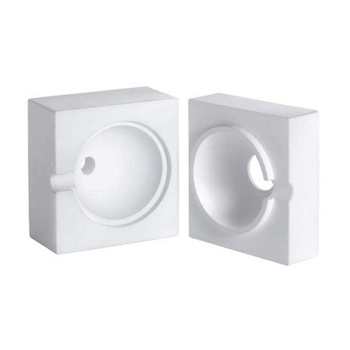 Ulbrichtin pallo on mittalaite, jolla voidaan mitata valolähteiden tehoa tai materiaalin heijastuskertoimia.